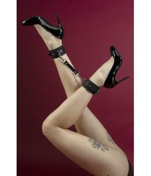 Поножи из кожи Feral Feelings - Ankle Restraints черные